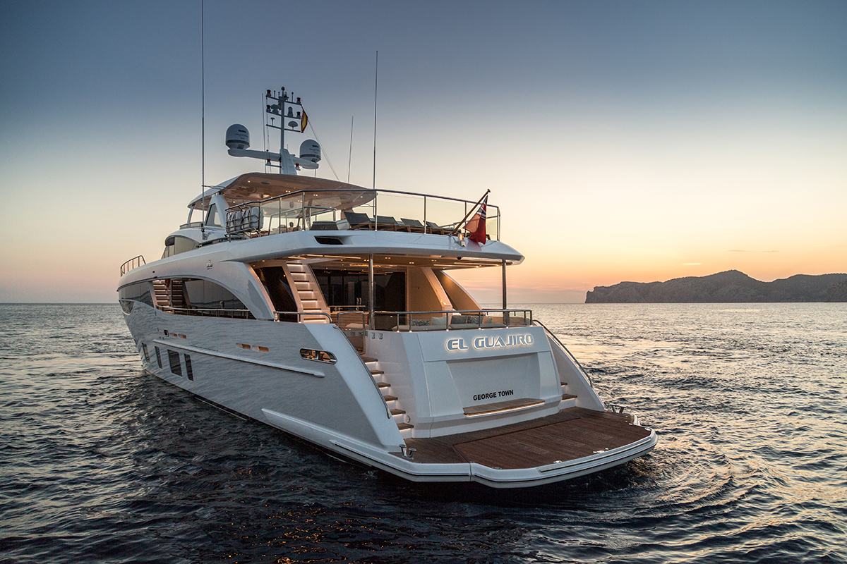 Tempus News Take A Tour Of Princess Yachts Award Winning 35m